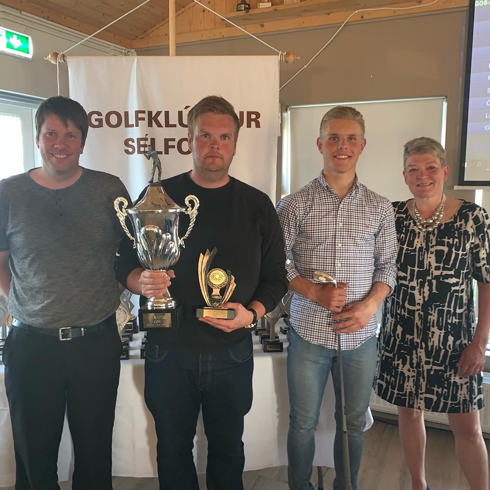 Jón Sveinberg Birgisson Holumeistari GOS 2019